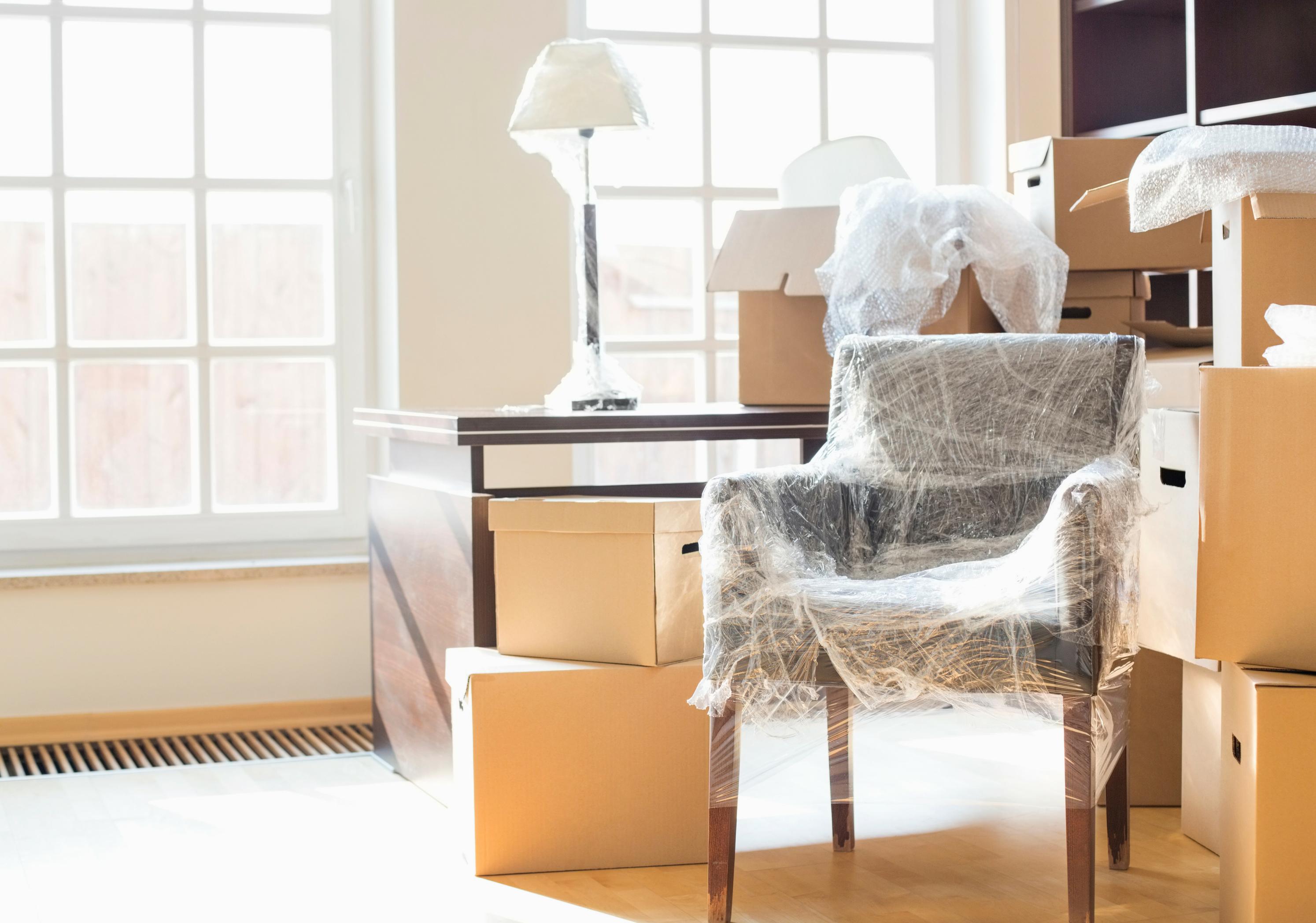 Flytte, Harald hjelper deg, bære kasser. Møbler, hvitevarer.