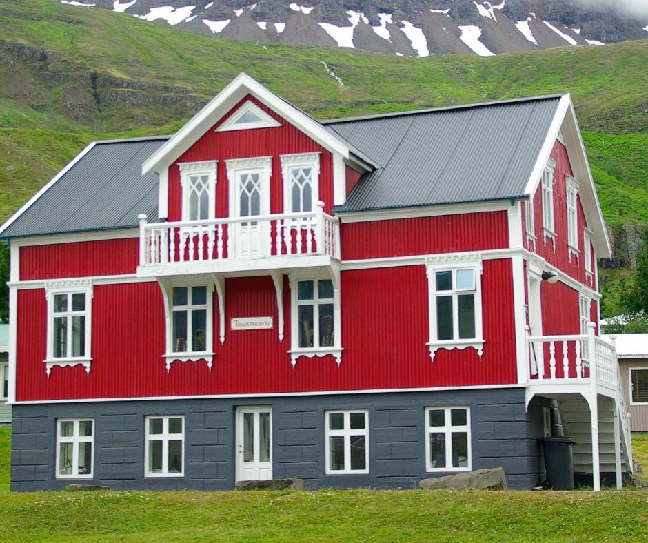 Maling og vedlikehold av hus og hytter Harald hjelper deg